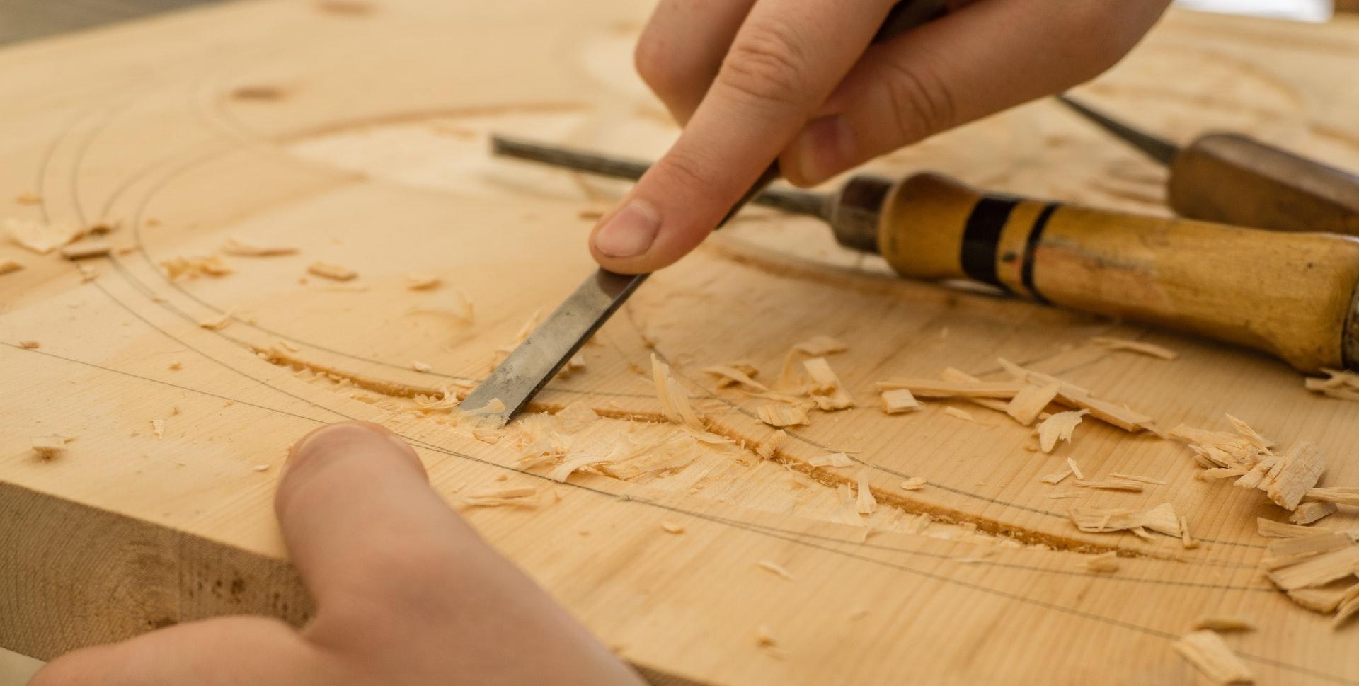 carpenter chisel